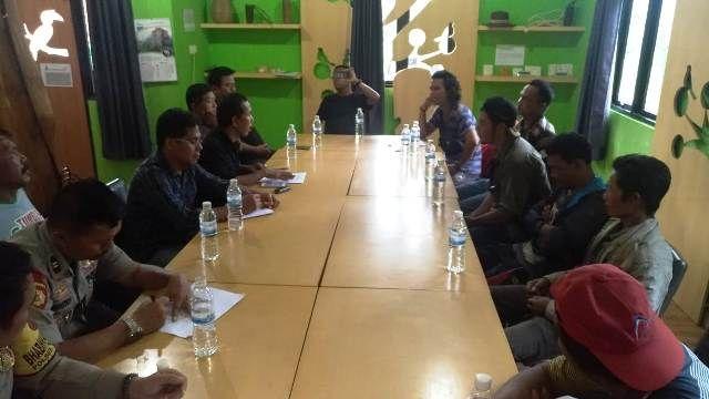 Suasana perundingan antara Kelompok Jufri dan PT Reki hari ini Rabu (6/2/2019)