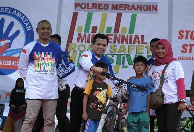 Alharis Milennial Road Safety Festival  di Merangin