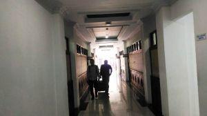 Belasan Penyidik KPK Jambi Tiba di Polda Jambi