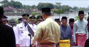 VIDEO: Pelantikan Pejabat Pemkot Jambi di Danau Sipin, Beberapa ASN Pingsan karena Kepanasan