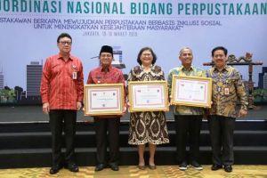 Fachrori Dianugerahi Penghargaan Perpustakaan Oleh Mendagri