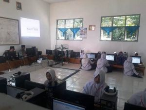 SMP Islam Asy'ariyah Sukses Laksanakan Geladi Bersih UNBK Tahun 2019