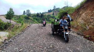 Warga Sungai Ning Bangga Jalan Yang Dibangun TNI Angkat Perekonomian