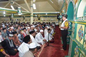 Di Masjid Agung Sungai Penuh, Kapolda Ajak Masyarakat Jaga Tertibnya Pelaksanaan Pemilu