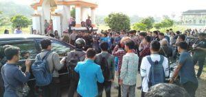 Pro Kontra Dugaan Pelecehan Pejabat Rektorat UIN STS Jambi, Dua Kelompok Mahasiswa Beda Pendapat