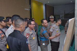 Kapolda Pantau Pospam Terpadu TNI-POLRI dan Beberapa TPS di Kota Jambi