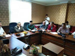 Komisi II Studi Banding terkait LP2B ke Kepri