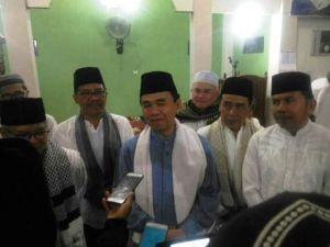 Safari Ramadhan di Masjid Baitul Rahmah Sawahan Jaya, Pemkab Kerinci Berikan Bantuan