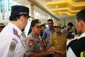 Kapolda Jambi Datangi Pos Pengamanan Mudik Lebaran di Bandara Sultan Thaha