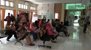 Hari Pertama Kerja, Puluhan Wajib Pajak Datangi Kantor Samsat Tanjabtim