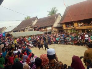Ribuan Masyarakat Rantau Panjang Saksikan Silek Penyudon
