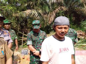 Rumahnya Dapat Bantuan Program Bedah Rumah TMMD, Sumarlan: Alhmadulillah, Terimakasih TNI