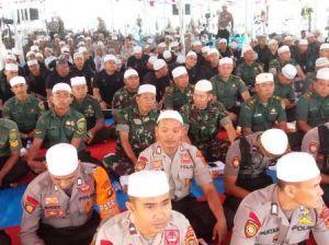 Ratusan Prajurit Korem 042/Gapu Hadiri Istigosah Damai Indonesia di Mapolda Jambi