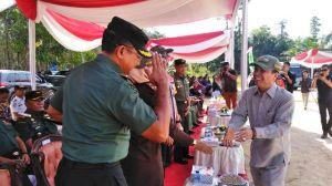 Sejumlah Bantuan Sosial Diserahkan di Pembukaan TMMD dari Kursi Roda hingga Sembako