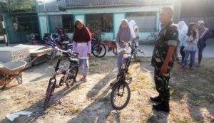 Semarakan TMMD, Tentara Gelar Lomba Bersepeda Lambat