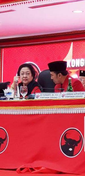 Edi Purwanto Dipercaya  Jadi Sekretaris Pimpinan Sidang Kongres Dampingi Megawati Soekarno Putri