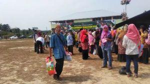 Bazar Pasar Murah dan Pembagian Sembako TMMD Kodim 0415/Bth Diserbu Warga