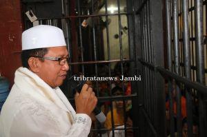 Rayakan Idul Adha 1440 H, Kapolda Jambi Berbagi Kebahagiaan ke Warga Binaan