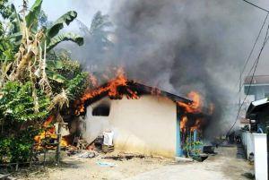 Akibat Tungku Masak, Tiga Bedeng Ludes Terbakar