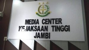 Selain Rektor UIN Jambi, 5 Orang Lainnya Juga Diperiksa Kejati Hari Ini