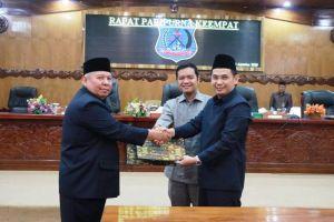 Sah, Raperda tentang APBD Kabupaten Tahun anggaran 2020 ditandatangani Bupati Safrial dan Ketua DPRD