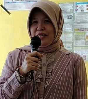 Kedudukan Hukum Adat Dalam Sistem Hukum Indonesia