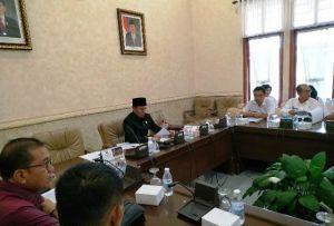 Hearing dengan DPRD Provinsi Soal Karhutla, BPBD Keluhkan Fasilitas Pemadaman di Lokasi