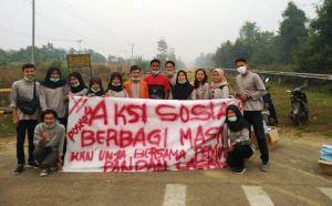 Aksi Sosial Cegah Dampak Asap, Mahasiswa Kukerta di Desa Pandan Lagan Bagi-bagi Masker ke Warga