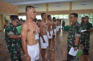 Danrem 042/Gapu Pimpin Sidang Parade Calon Tamtama PK TNI AD Gelombang II Tahun 2019