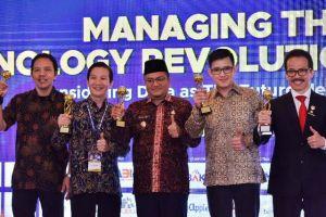 3 Tahun Berturut-turut, Fasha Raih Penghargaan Top Leader IT dan Smart City