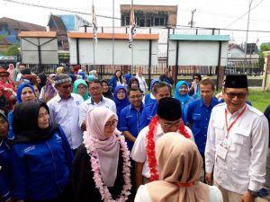 Tim Teriak H Bakri Untuk Gubernur Saat Kembalikan Formulir Ke Gerindra