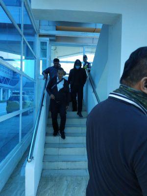 Begini Penampilan Zola saat Tiba di Bandara Sultan Thaha