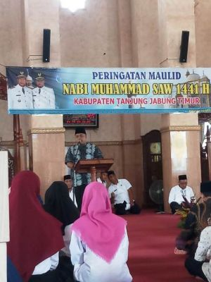 Wabup Hadiri Peringatan Maulid Nabi Di Masjid Agung Tanjabtim