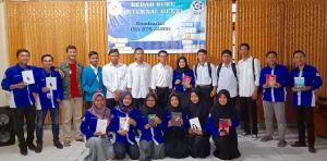 GenBI Komisariat UIN STS Jambi Bedah Buku