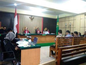 9 Saksi Hadir Dalam Persidangan Effendi Hatta dkk, Sidang Akhirnya Dimulai