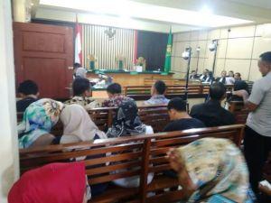 Sidang Effendi Dkk, Sejumlah Saksi Sudah Hadir Namun Hakim Belum Datang
