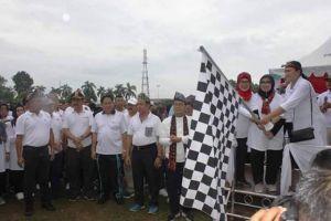Kapolda Jambi Ikuti Jalan Sehat di Komplek Perkantoran Gubernur