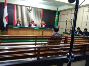 BREAKING NEWS: Asiang Divonis 2 Tahun 6 Bulan, Denda Rp250 Juta