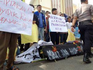Sorot Penanganan Pelecehan Seksual Anak di Polres Sarolangun, Warga Mandiangin Geruduk Polda Jambi