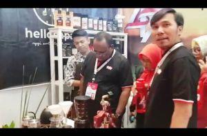 Dampingi Wamen PUPR Menyeduh Kopi di Stand PDI Perjuangan Jambi, Edi: Kopi Jambi Hebat