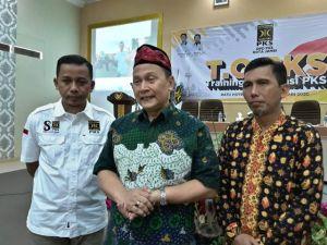 Gelar Training Orentasi PKS,Ali Mardani Sera: Politik Itu Harus Beretika