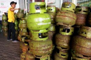 Pertimbangkan Kondisi Masyarakat, Menteri ESDM: Atur Ulang Distribusi LPG 3 KG, Masih Tahap Kajian