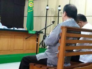 Ditelepon Arfan Pinjam Uang Rp5 M, Asiang Tak Langsung Penuhi Karena Mau ke Singapura