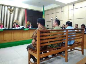 Sambil Menahan Tangis, Effendi Hatta, Zainal dan Muhammadiyah Menyesal Terima Uang Ketok Palu