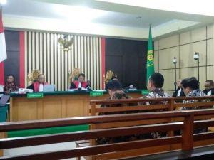 BREAKING NEWS: Effendi Hatta, Zainal Abidin dan Muhamadiyah Divonis 4 Tahun Penjara