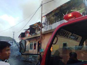 Kebakaran Hebat di Rawasari, 6 Mobil Damkar Diturunkan