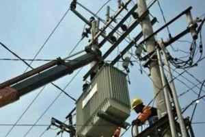 Menteri ESDM: Infrastruktur, Keamanan, dan Sumber Energi Jadi Kendala Melistriki Desa