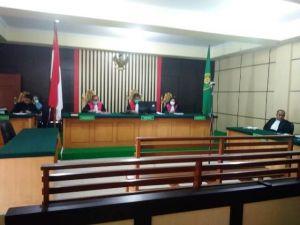 Elhelwi, Sufardi dan Gusrizal Divonis 4 Tahun 2 Bulan