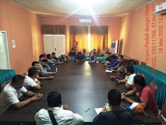 Suasana rapat Forum Peduli Hijau Bungo