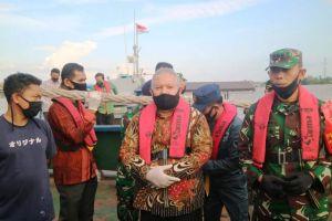 Bupati Bersama Danlanal Palembang Patroli di Perairan Kuala Tungkal